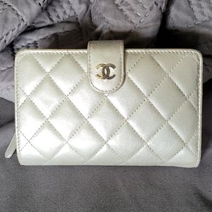 Chanel Silver Metallic Lambskin Wallet